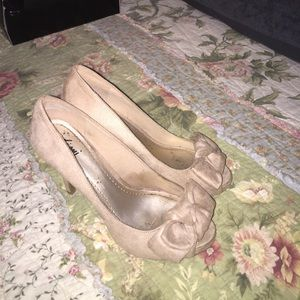 Suede heels, perfect condition, worn once, tan